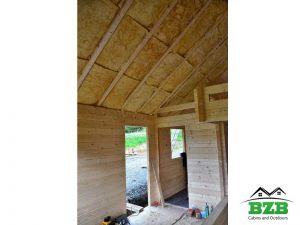 LogCabin-Kit-Roof-Insulation-Between-the-rafters