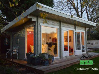 BlueBell Log Cabin Customer Photo